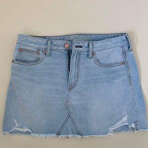 Lightly used AE jean skirt